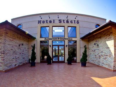 Airport Hotel Stáció